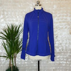Lululemon RARE Full Zip active top RN106259